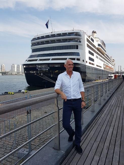 HAL-topman Nico Bleichrodt bij het afscheid van de Rotterdam ©MvdW