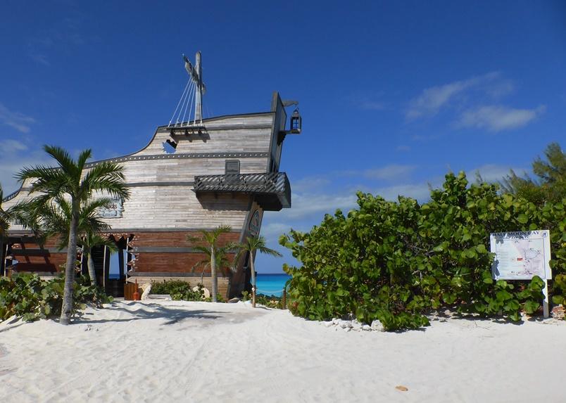 Caribbean cruises naar Half Moon Cay,  het privé-eiland van Holland America Line