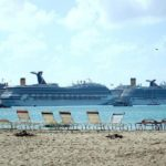 Royal Caribbean Group stoot vier cruiseschepen af