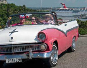 Carnival Paradise in Havanna © Carnival Cruise Line.