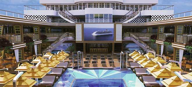 cruisen op de Costa Diadema: het zwembad met filmscherm