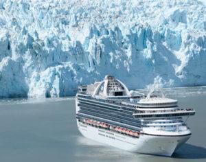 De Crown Princess in Glacier Bay, Alaska © Princess Cruises