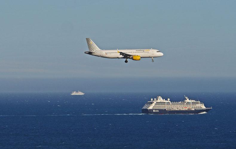Niet alleen de luchtvaart maar ook de cruisesector wordt geraakt door de uitbraak van het coronavirus. Foto ter illustratie. © Erich Westendarp via Pixabay