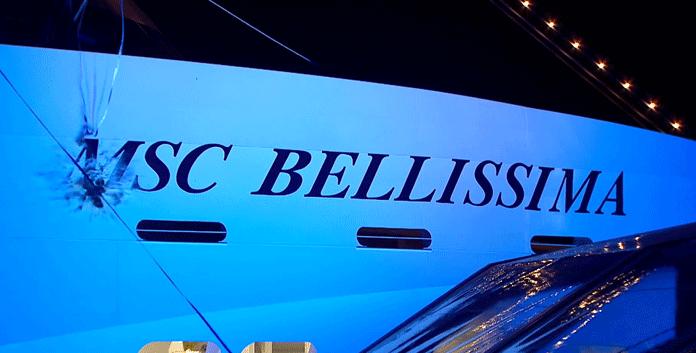 Volgens traditie werd er tijdens de doop van de MSC Bellissima een fles champagne tegen de romp gegooid. © MSC Cruises