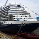 HAL-schip Rotterdam kan ook door de oude sluizen van het Panamakanaal
