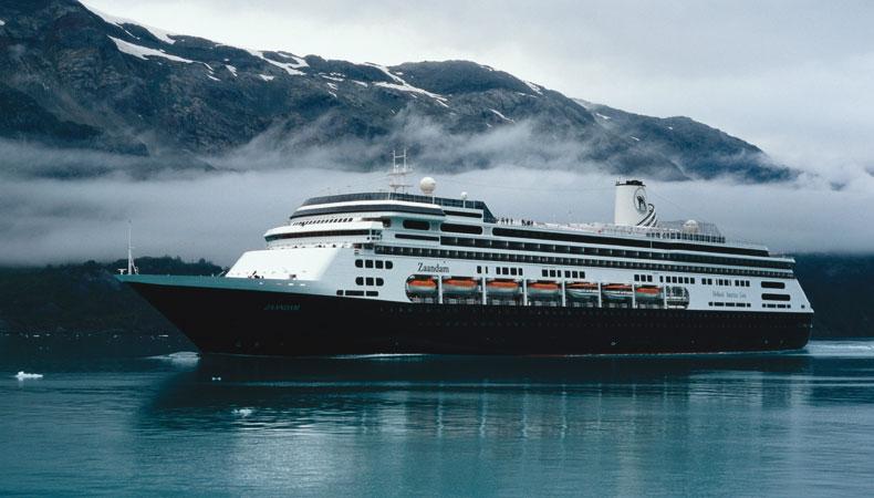 Cruiseschip Zaandam van Holland America Line © HAL