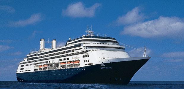 Holland America Line viert honderdste aankomst ms Rotterdam in Rotterdam