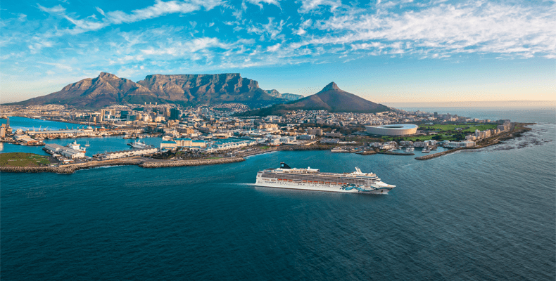 De Norwegian Jade maakt in 2021 en 2022 cruises naar Dubai vanuit Zuid-Afrika © Maria Monasterios/NCL