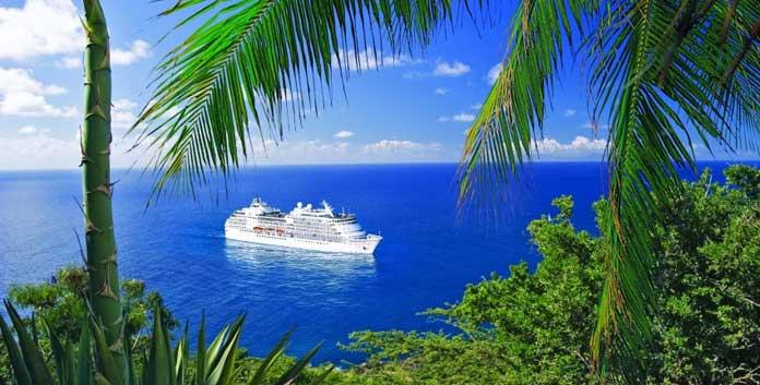 Regent Seven Seas Navigator. © RSSC/USP