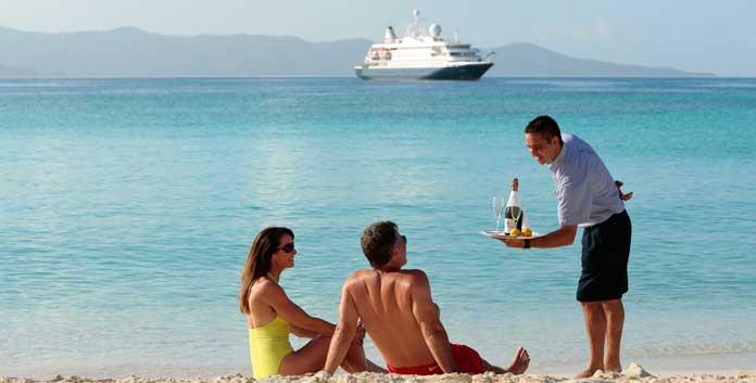 Ultra luxe all inclusive cruises van SeaDream bieden veel persoonlijke service. © SeaDream Yacht Club