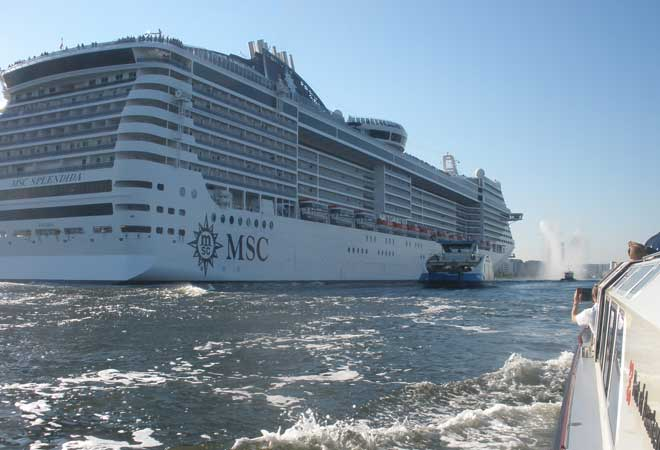 MSC Splendida in Amsterdam