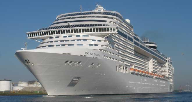 Amsterdam begroet grootste cruiseschip ooit: MSC Splendida