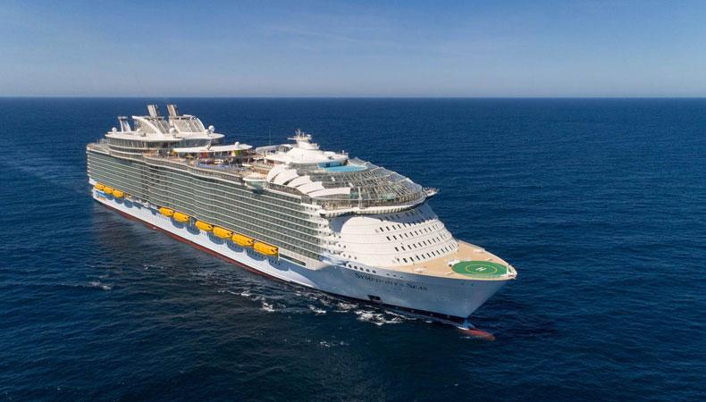 De Symphony of the Seas is het grootste cruiseschip ter wereld © Royal Caribbean International.