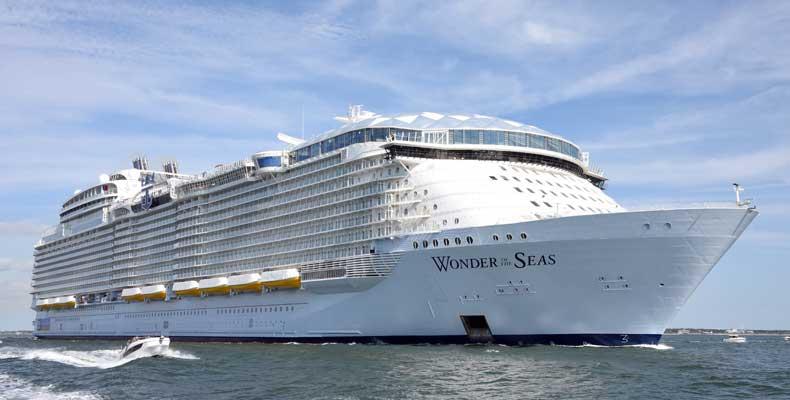 De Wonder of the Seas van Royal Caribbean International is het grootste cruiseschip ter wereld. © Royal Caribbean International